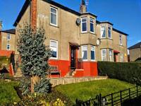 2 bedroom flat in Kinloch Terrace, ,