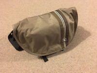 Crumpler Messenger Boy 6000 Camera Bag
