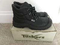 Safety footwear.black steel toecap boots. Size 10. Brand new, still in the box.