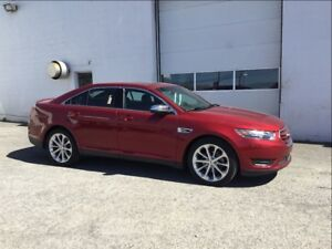 2017 Ford Taurus Limited, AWD, Leather, Reverse Camera, Moonroof