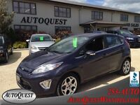 2012 Ford Fiesta SES LIKE NEW