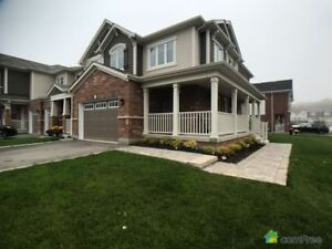 $649,990 - Townhouse for sale in Waterdown