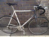 Vintage Raleigh Equipe road bike. Lightweight large 60cm steel frame, 12gears, 700c wheels, serviced