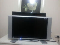 27 inch lcd monitor / tv in excellent condition for 50 pound