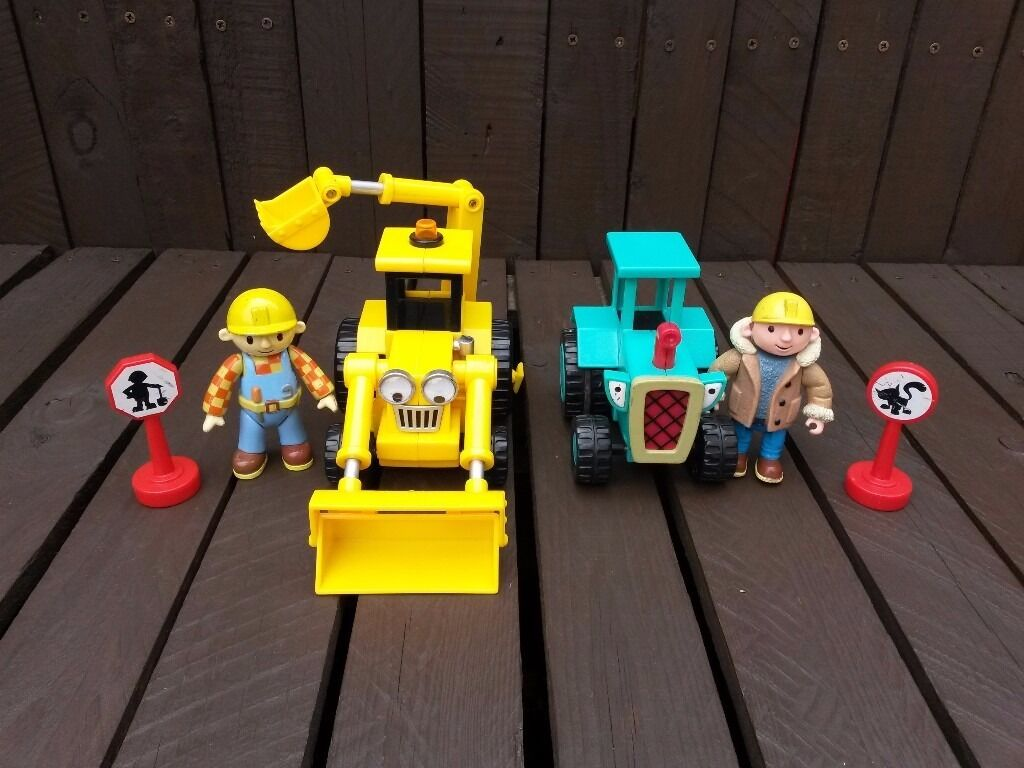 Bob The Builder 2 Vehicles, 2 Figures and 2 Accessoriesin Bournemouth, DorsetGumtree - Bob The Builder Friction Vehicles, Figures and Accessories Very good condition. Includes Scoop Travis Bob in Check Shirt & Overalls Bob in Winter Jacket & Jeans 2 x Sign Posts £7 Collection Only