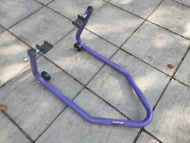 Micron Paddock Stand Excellent Condition