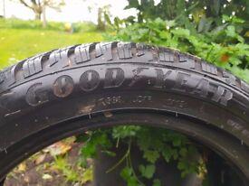 2 Winter tyres