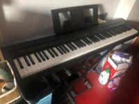 Yamaha P-45 digital piano - black (very new)