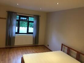 Double/Single room close to Wimbledon, Mitcham, Sutton, Balham, Morden, Tooting, Streatham