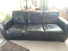 Selling a 3 and 2 seater real leather sofas smoke free home