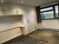 Stunning 4 double bed with lounge and 2 baths &garden with HMO ideal for Companies/sharers!