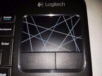 ***PRICE DROP*** Logitech Wireless Keyboard K 400r