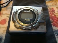Sharp 722 Portable Mini Disc Player / Recorder