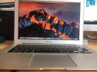 """Boxed Apple MacBook Air 13"""", i7 (AYE SEVEN) 2.9Ghz, 250Gb SSD, 4Gb Ram, Amazing Condition"""