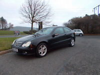 MERCEDES C180 KOMPRESSOR SPORTS COUPE AUTOMATIC STUNNING BLACK 2002 BARGAIN 1450 *LOOK* PX/DELIVERY