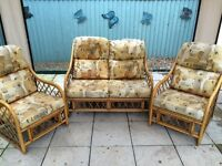 Garden/conservatory furniture 2 seater sofa settee and 2 x armchair