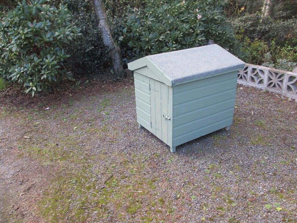 Large handmade dog kennel with removable roof