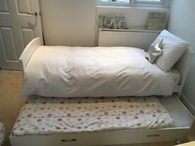 BARGAIN: Aspace Kids bed & truckle bed