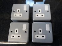 MK METAL CLAD 13 AMP 1 GANG SWITCHED SOCKET OUTLETS