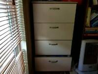 Set of drawers