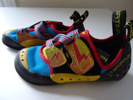 La Sportiva Oxygim Size 5 and Chalk Bag DMM £30