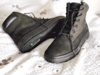 Women's Timberland Boots (leather)