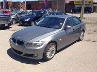 2011 BMW 328 i xDrive * POWER ROOF * LEATHER * PARKING AID