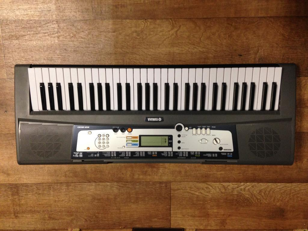Yamaha EZ 200 electric keyboardin Southwark, LondonGumtree - Yamaha EZ 200 electric keyboardIn great condition and fully working Has built in speakers Can record and replay musicAnd many more features Collection from 683 Old Kent roadSE15 1JSNext to KFC, opposite Kwikfit. 10 30am 6 30pm