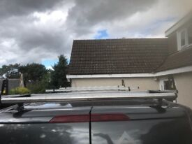 Transit custom roof bars
