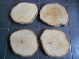 Log slices for table centres or displays