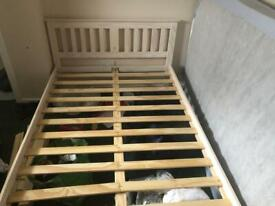 Double bed frame (New condition)