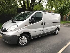 Vauxhall Vivaro lwb new shape 56 plate but new shape 92,000k 12 months mot drives perfect FSH