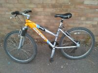 "RALEIGH DEVOTION BIKE 7000 SERIES IN EXCELLENT CONDITION. SHIMANO 21 SPEED. 26"" WHEELS. 50 ono"