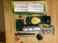 Bulldog GR500 heavy duty Roller shutter door lock