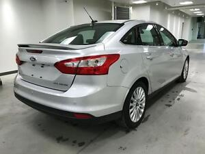 2012 Ford Focus PLATINUM, NAV, LEATHER, ROOF, ALLOYS, NO ACCIDEN
