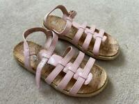 Girls Sandals NEW UK1