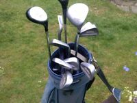 IDEAL STARTER SET OF LEFT HAND TOMMY ARMOUR IRONS - 9 IN TOTAL - PLUS GOLF BAG