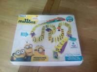 Minion domino run