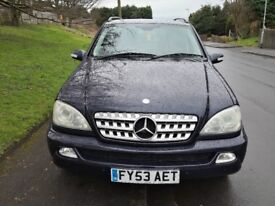 Mercedes Benz ML270 - Family Edition - 7 Seater - Automatic