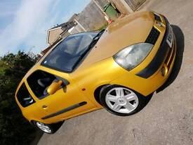2002 RENAULT CLIO 1.4 12 MONTHS MOT VERY LOW MILES