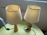 Pair of table lamps, wooden base