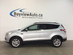 2017 Ford ESCAPE SE- 4WD PANOROOF ECOBOOST HTD STS REV CAM SYNC!