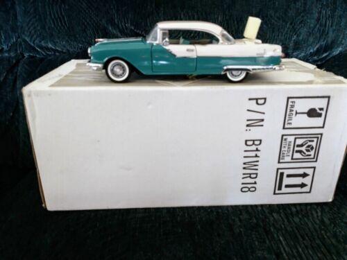 1:24 Diecast 1955 Pontiac Star Chief Custom Catalina Franklin Mint