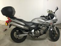 Honda Hornet CB600FS - Silver, heated grips and new Givi top box fitted