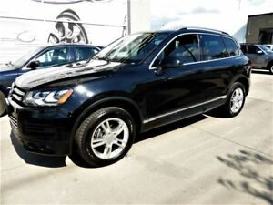 2014 Volkswagen Touareg 3.6L Highline Navigation Panoramic Roof