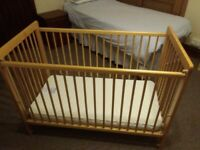 COT - MOTHERCARE DROP SIDE COT WITH MATTRESS