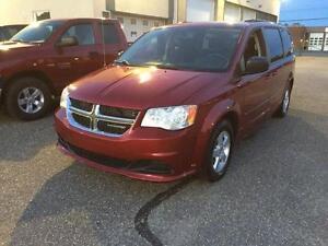 Dodge Grand Caravan Sxt Stow``n`go 2011