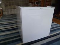 SORRY, NOW SOLD Mini / tabletop / beer fridge with small freezer compartment