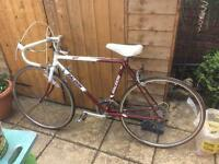 Boys/gents 10 speed Raleigh racer twenty inch frame in good working order