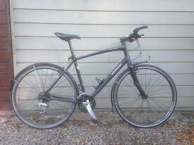 Specialized Sirrus Comp hybrid road commuter bike touring bicycle
